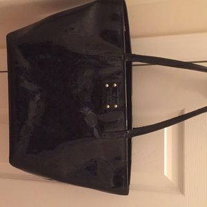 Late Spade patent leather tote